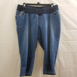 Oh baby maternity capri Jeans size Large